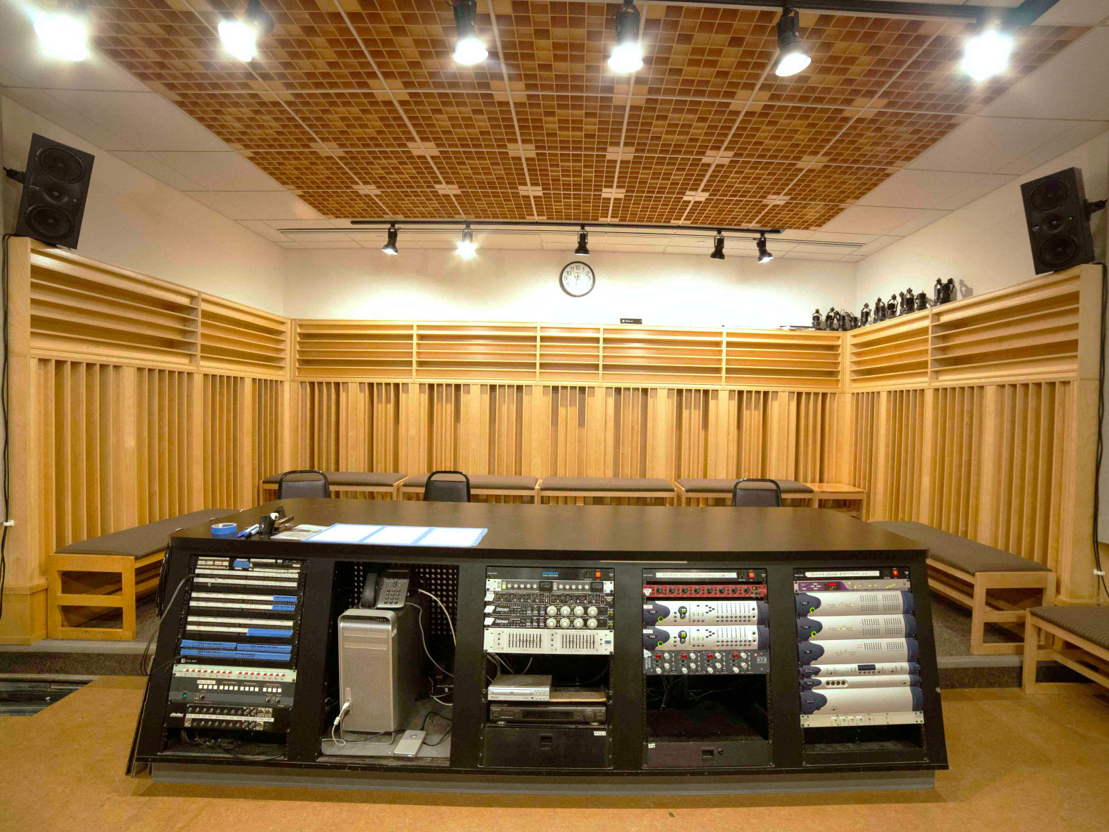 Recording equipment in a studio with speakers, computer and various hardware in Niemeyer Center at the Oregon City campus
